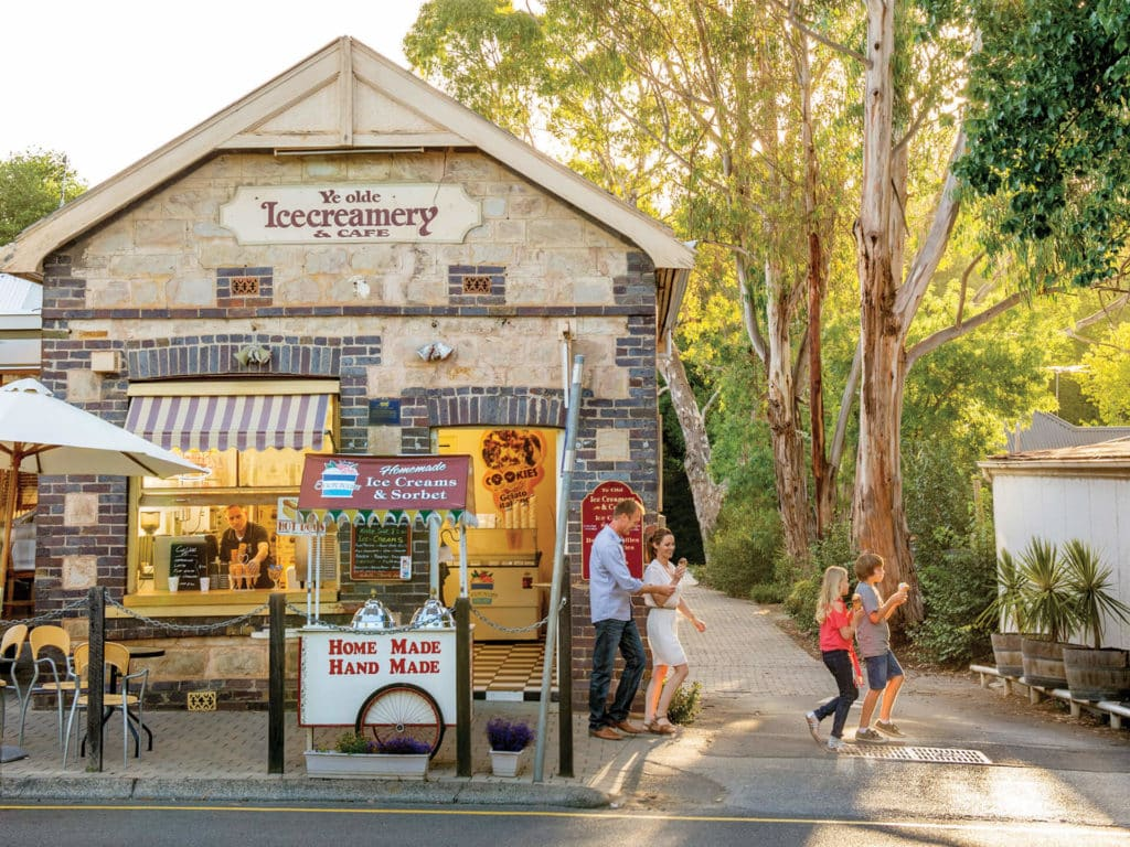 An ice cream shop in Hahndorf, South Australia. One of many Murray River Day Trips.